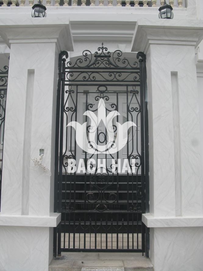 cổng phụ biệt thự phố bh-10180