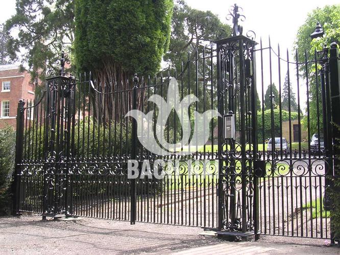 cửa cổng biệt thự sắt nghệ thuật ws-10261